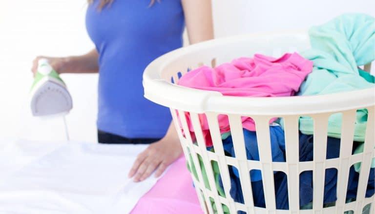 Cum să cureți rugina de pe haine?